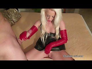 Introduire fuckingschoolgirl cuirglove