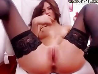 Skinny amateur girl webcam show