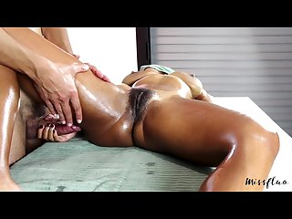 Missfluo receive massage with masturbation to orgasm
