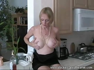 Sexy homemade teasing milf fun