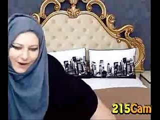 Teaser thick girl with hijab shaking fat ass free porn camporn ass