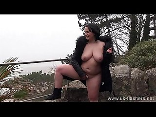 Naughty milf sarah janes public flashing and outdoor masturbation of exhibitioni