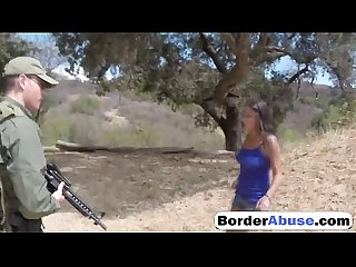 BorderAbuse-20-07-2016-Agent-Has-Sex-with-Civilian-Girl-720p-2