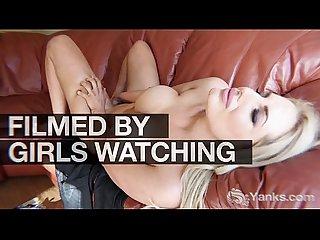 Redhead brite masturbating