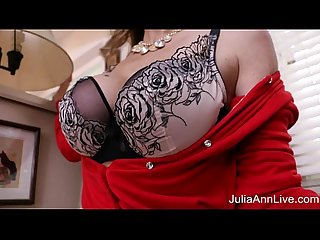 Hot milf julia ann masturbates with big dildo