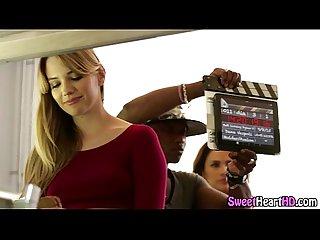 Les babes behind scenes