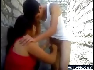 Desi aunty back alley blowjob on young boys cock
