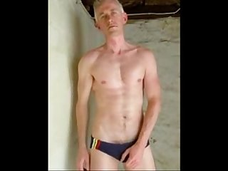 Speedo wank lpar huge cumshot rpar