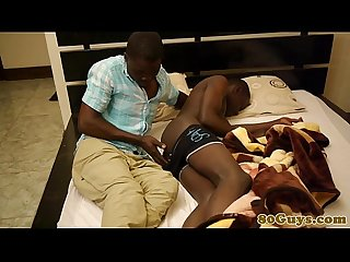 Deepthroating African amateur gets nasty
