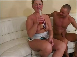 Drinking and fucking with a mature whore!