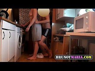 Mi prima Borracha le follo el Culo en la cocina para brunoymaria