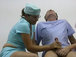 Doctor and her nurse cured and hardened an old man s lousy cock