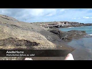 Masturbation a la plage en cam direct pour les voyeurs francais