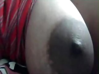 Indian gf showing boobs to bf on cam