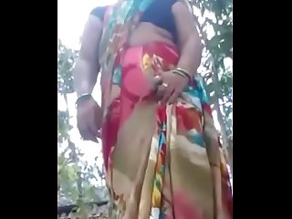 Desi village wife nude boobs and pussy selfie