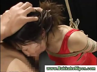 Amateur japanese babe sucks cock and gets bukkake